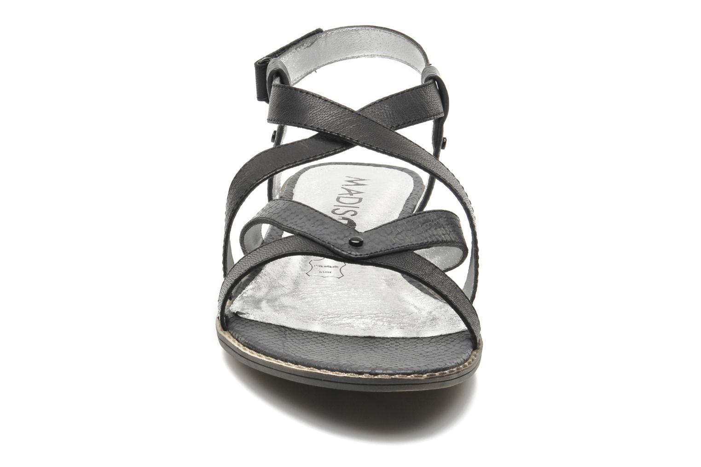 Sandales et nu-pieds Madison Runan Noir vue portées chaussures