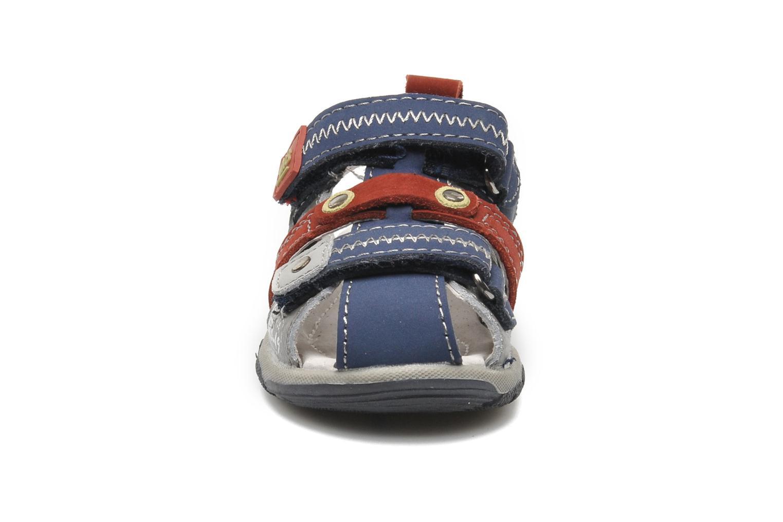 Sandalen Bopy COLD grau schuhe getragen