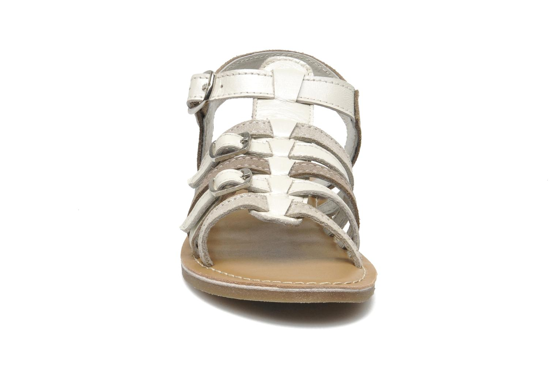 Sandalen Bopy HIBOCUS beige schuhe getragen