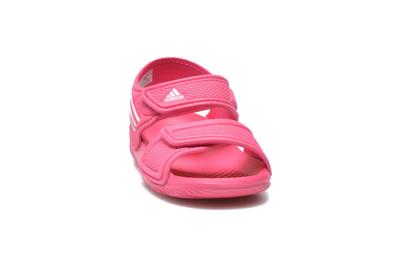Sandali e scarpe aperte Adidas Performance Akwah 9 I Rosa modello indossato