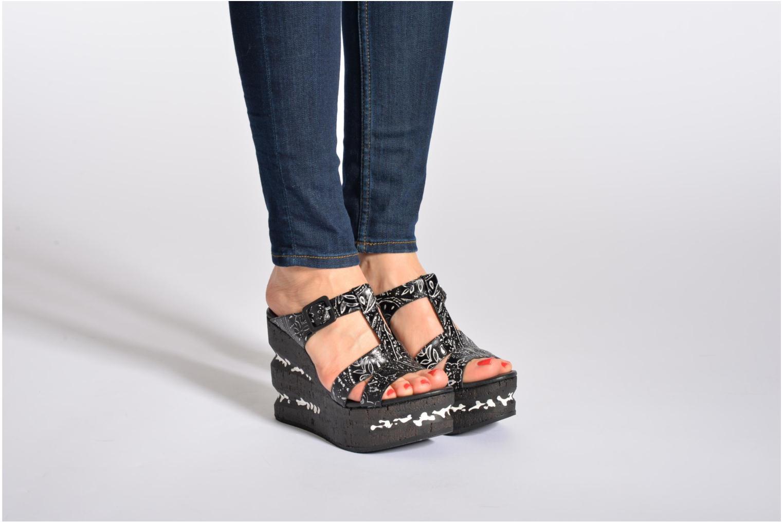 Clogs & Pantoletten Free Lance Heavy 7 sandale mehrfarbig ansicht von unten / tasche getragen