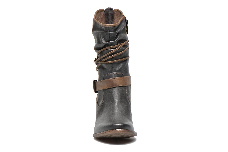 Bottines et boots Mustang shoes Louison Gris vue portées chaussures
