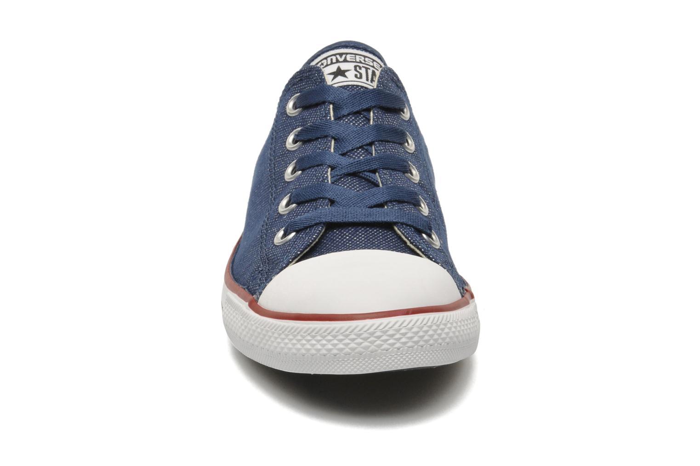 Baskets Converse Dainty Sheer Ox W Bleu vue portées chaussures