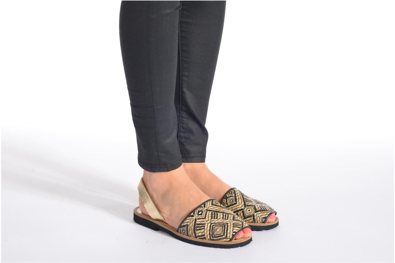 Sandals MINORQUINES Avarca Black view from underneath / model view