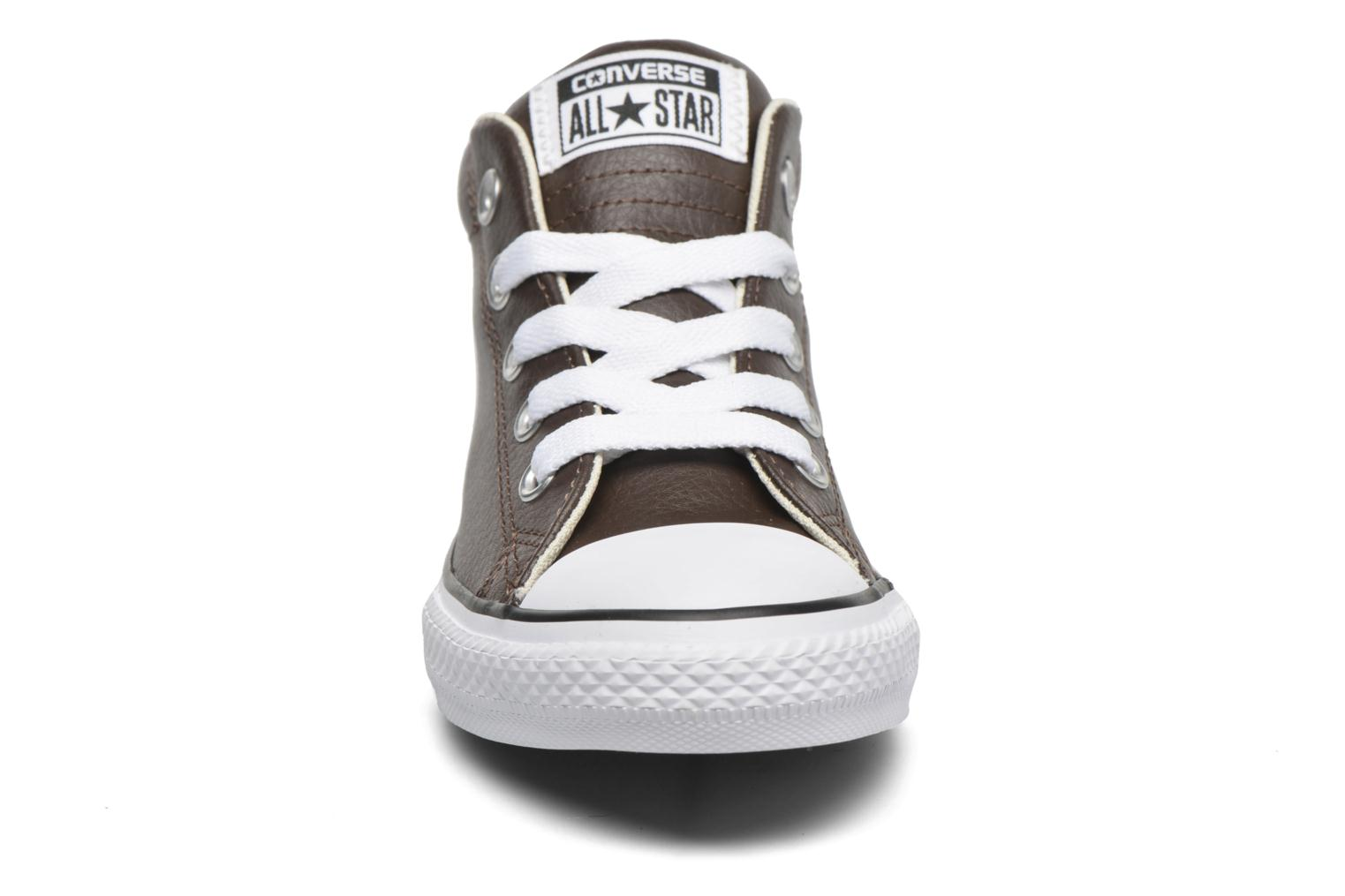 Sneakers Converse Chuck Taylor All Star Street Mid Bruin model