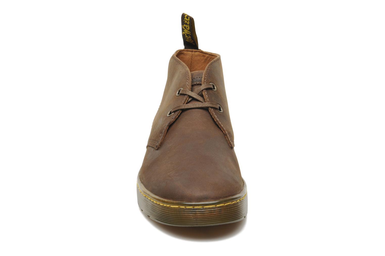 Chaussures à lacets Dr. Martens Cabrillo Marron vue portées chaussures