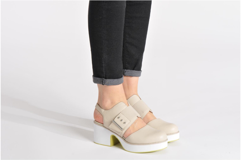 Sandales et nu-pieds Shellys London Costain Noir vue bas / vue portée sac
