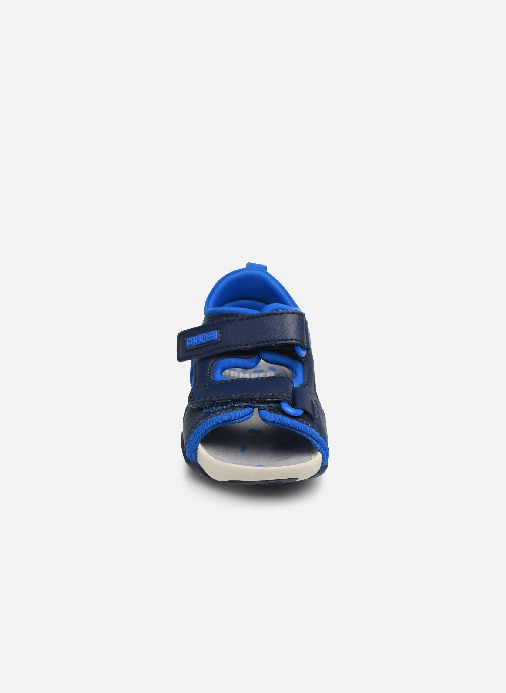 Sandales et nu-pieds Camper Ous FW 80530 Bleu vue portées chaussures