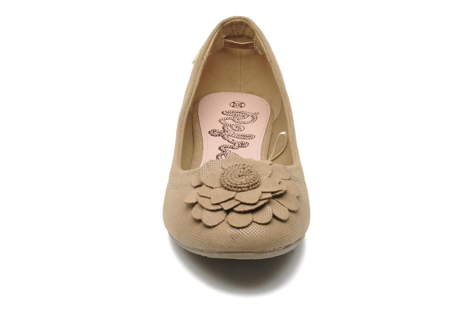 Ballet pumps Refresh Kourwato 2 Beige model view