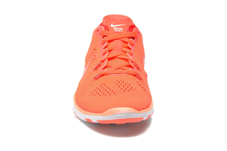 Chaussures de sport Nike Wmns Nike Free 5.0 Tr Fit 5 Orange vue portées chaussures