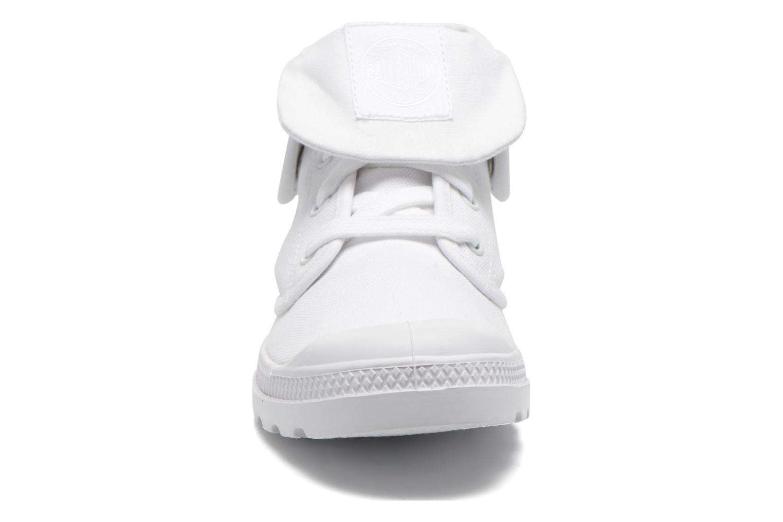 Baskets Palladium Baggy Low Lp F Blanc vue portées chaussures