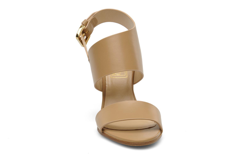 Sandales et nu-pieds Rebecca Balducci Ruby Beige vue portées chaussures