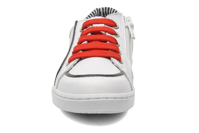 Sneaker Petit bateau Luck weiß schuhe getragen