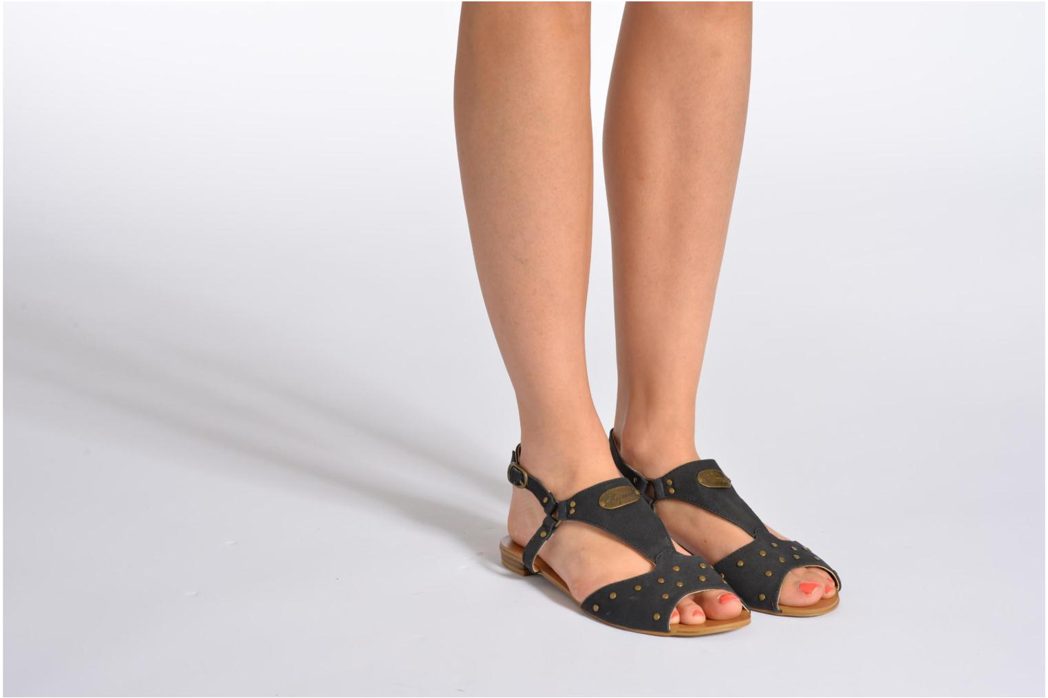 Sandals Kaporal Paddy White view from underneath / model view
