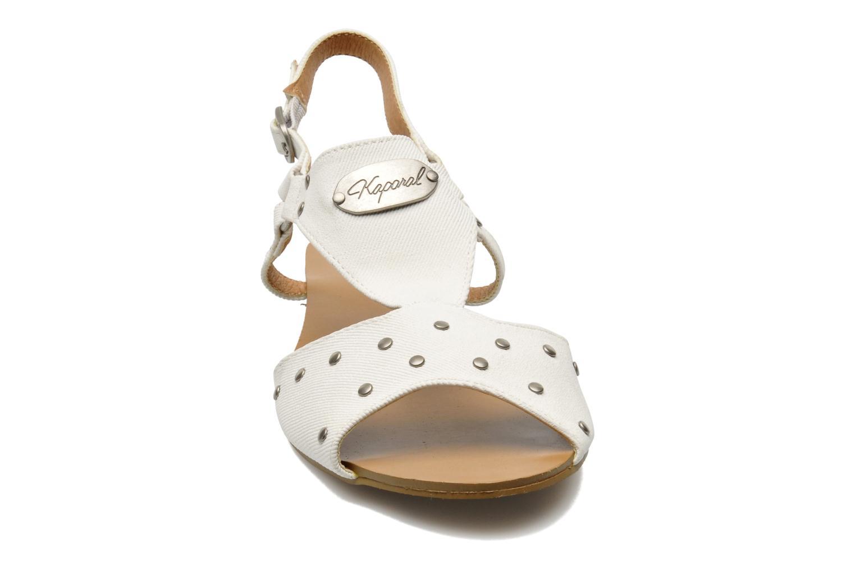 Sandales et nu-pieds Kaporal Paddy Blanc vue portées chaussures