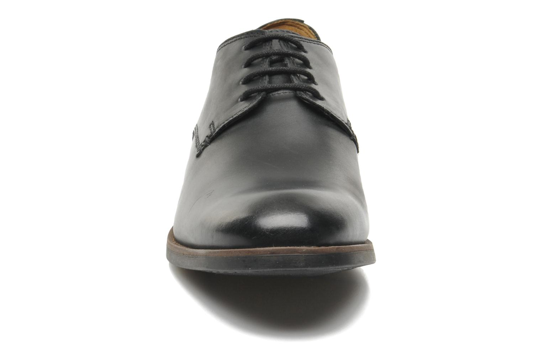 Exton Walk Black leather