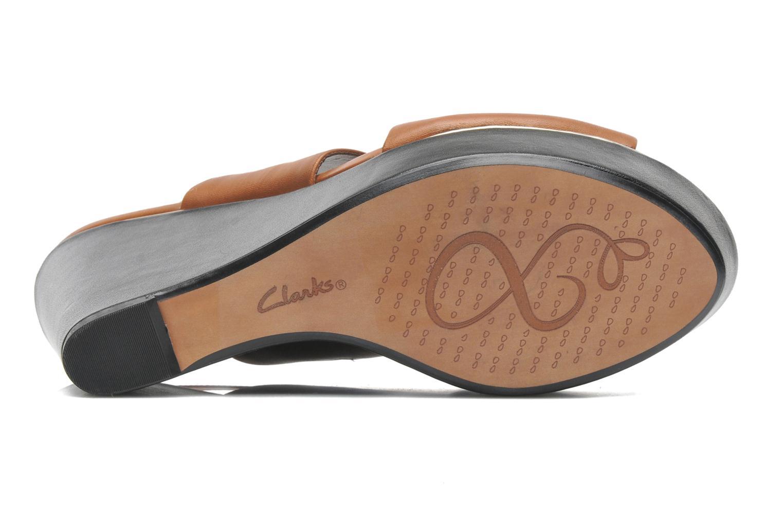 Sandales et nu-pieds Clarks Scent Whisp Marron vue haut
