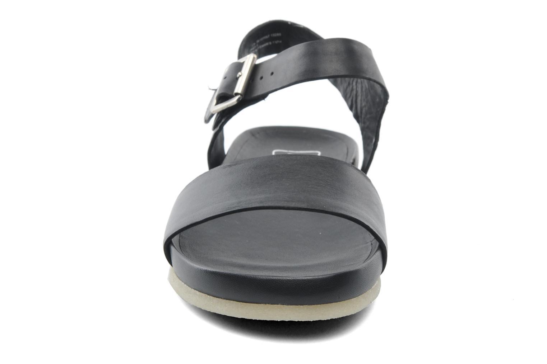 Sandalen Clarks Originals Dusty Soul schwarz schuhe getragen