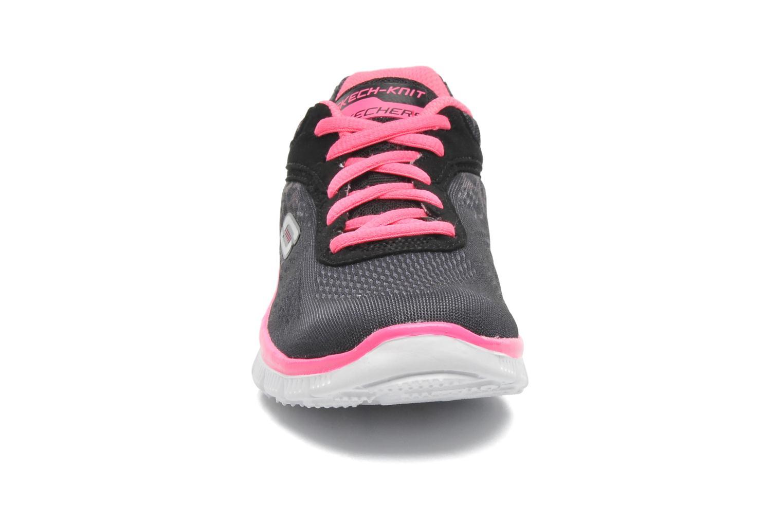 Baskets Skechers Skech Appeal Serengeti Noir vue portées chaussures