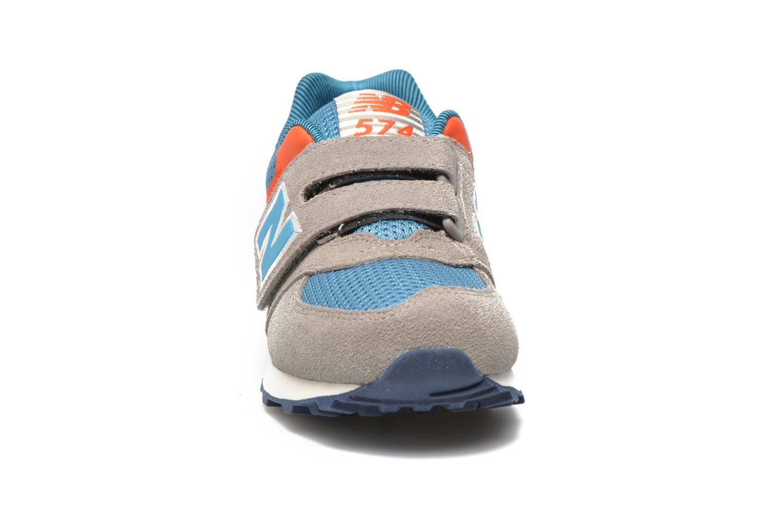 Baskets New Balance KV574OCY Gris vue portées chaussures