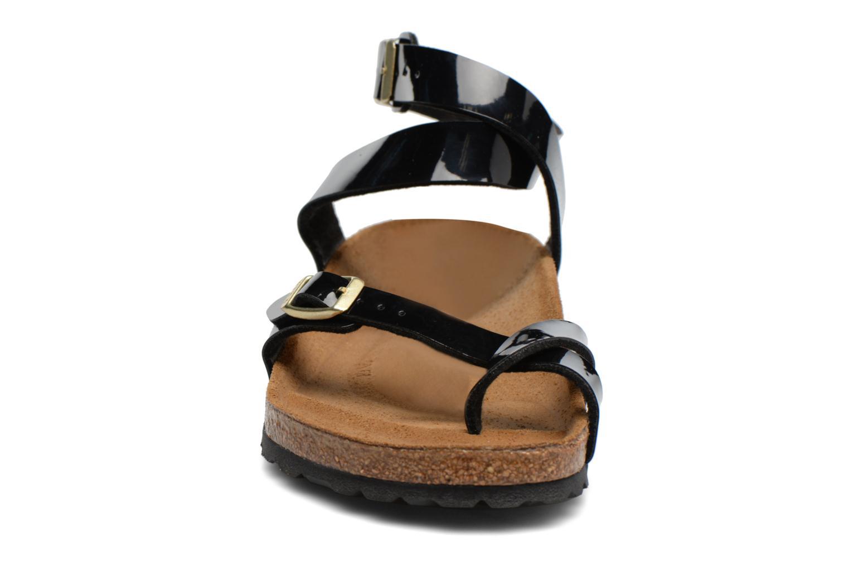 Sandales et nu-pieds Birkenstock Yara Flor W Noir vue portées chaussures