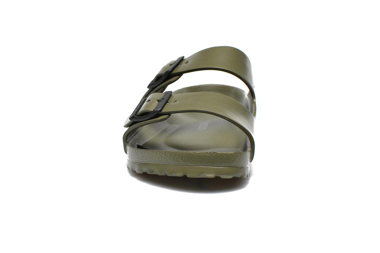 Sandales et nu-pieds Birkenstock Arizona EVA M Vert vue portées chaussures