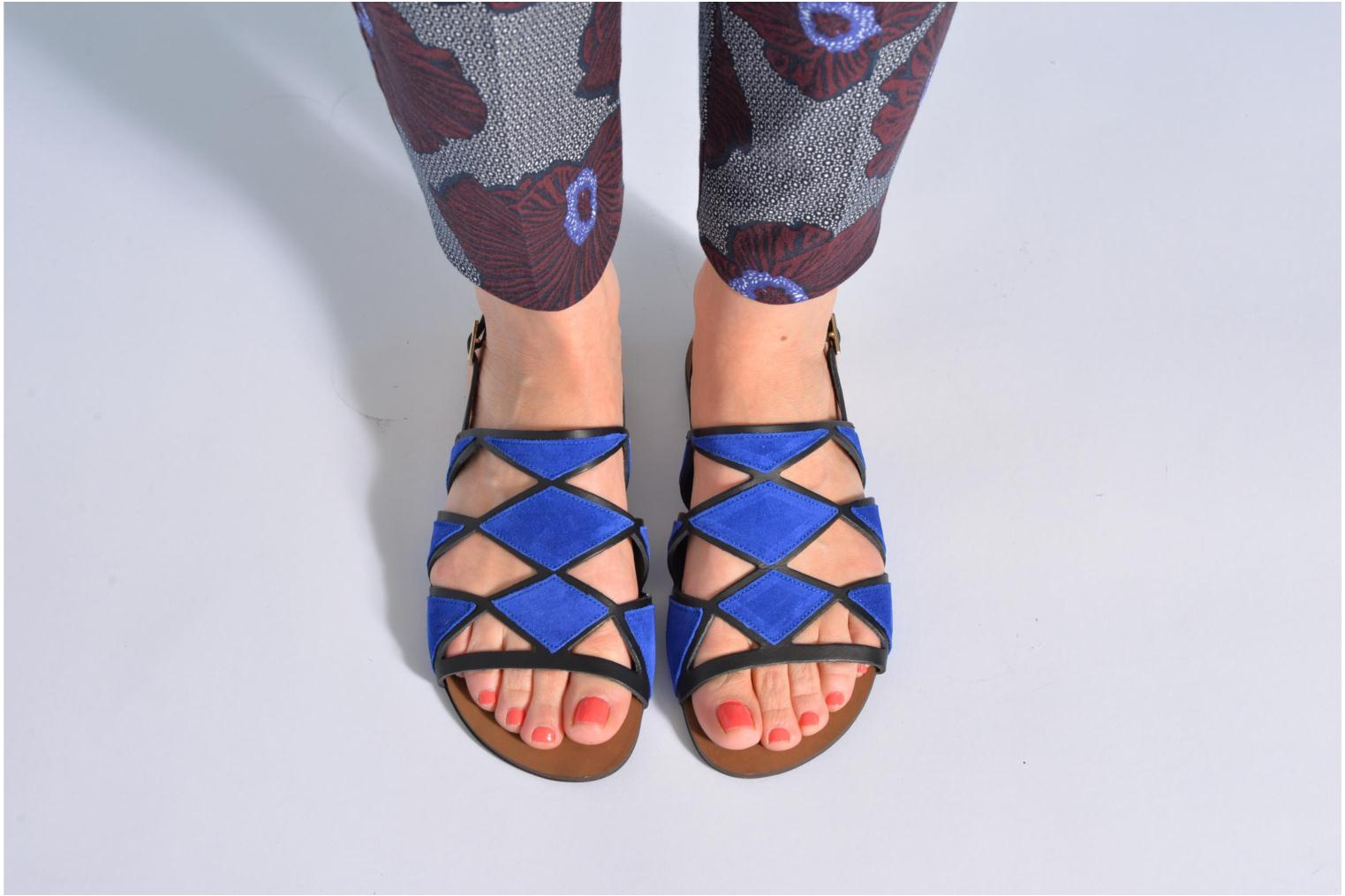 Sandals Made by SARENZA Nairobi #1 Blue view from underneath / model view