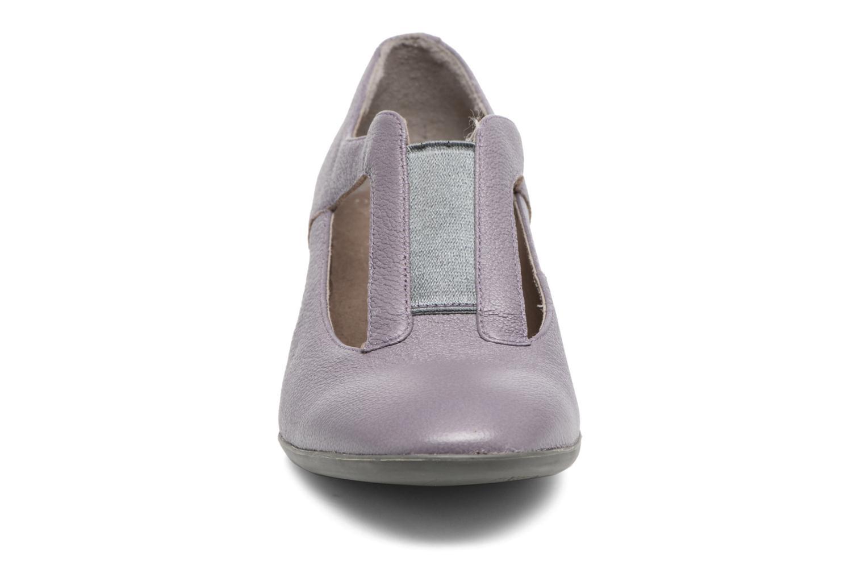 Zapatos de tacón Camper Beth 22111 Violeta      vista del modelo