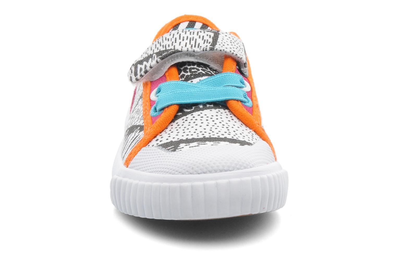 Baskets Feiyue FE LO II CANVAS EZ TRIBAL Multicolore vue portées chaussures