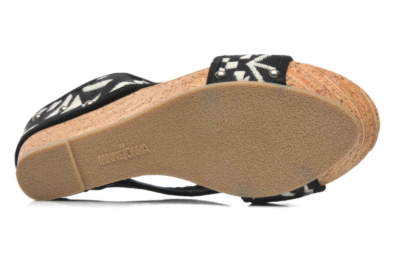 Sandali e scarpe aperte Minnetonka Lainey Nero immagine dall'alto
