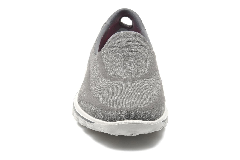 Sneakers Skechers Go Walk 2 Super Sock 13955 Grijs model