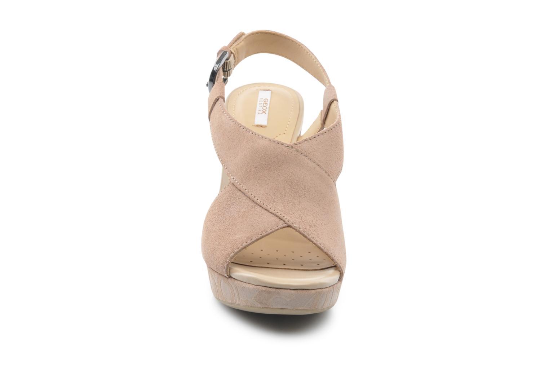 Sandales et nu-pieds Geox D NURIT A D5271A Beige vue portées chaussures