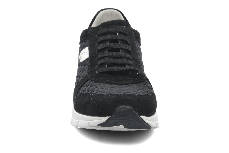 Baskets Geox D SUKIE A D52F2A Noir vue portées chaussures