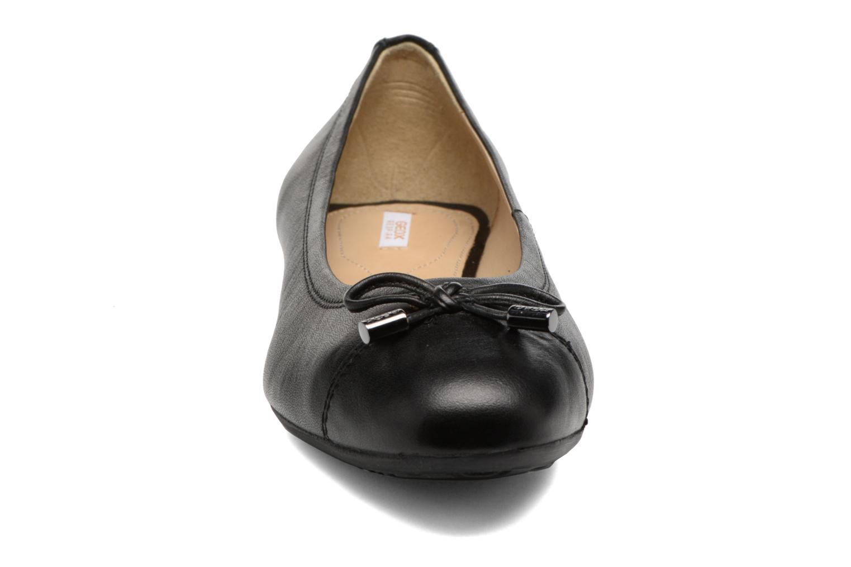 Ballerines Geox D LOLA A D93M4A Noir vue portées chaussures