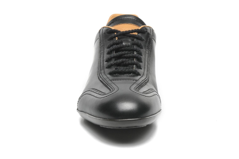 Baskets Santoni Eagle 13831 Noir vue portées chaussures