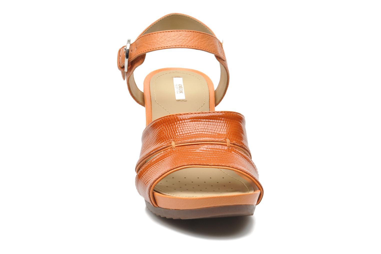 Sandales et nu-pieds Geox D NEW Rorie F D52P3F Orange vue portées chaussures