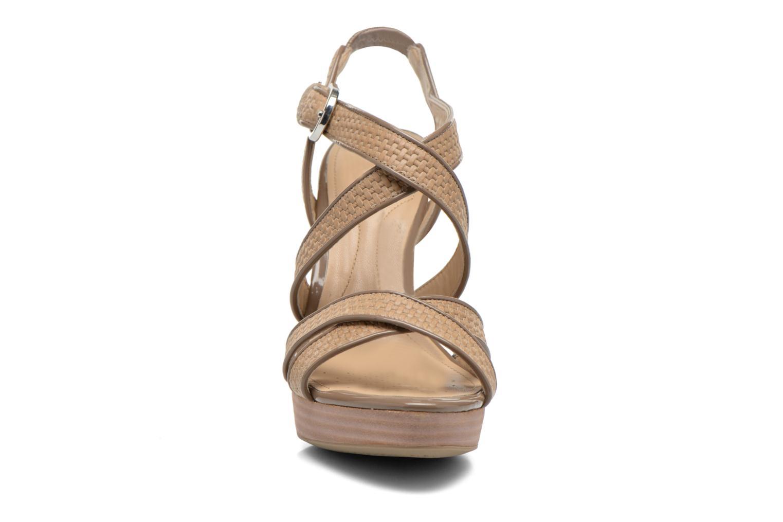 Sandalen Geox D IVANA SAND C D52Q2C beige schuhe getragen