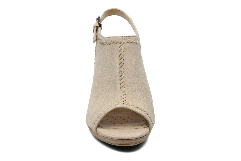 Sandales et nu-pieds Geox D LANA SAND B D52Q5B Beige vue portées chaussures