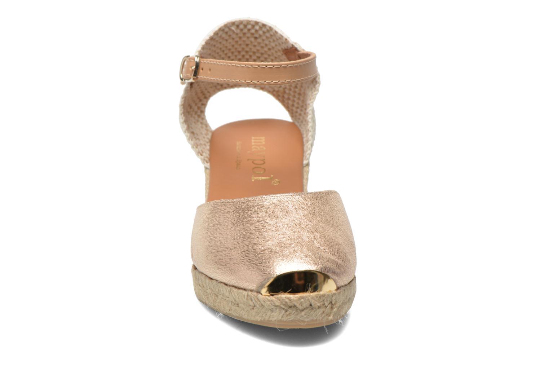 Sandali e scarpe aperte Maypol Luz Oro e bronzo modello indossato