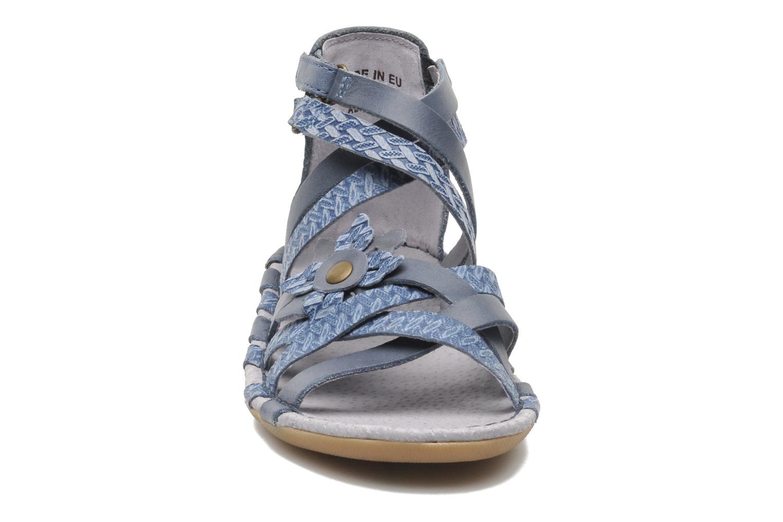 Sandales et nu-pieds Kickers EVITA Bleu vue portées chaussures
