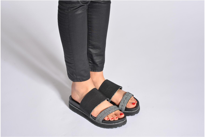 Clogs & Pantoletten Aldo Golfo schwarz ansicht von unten / tasche getragen