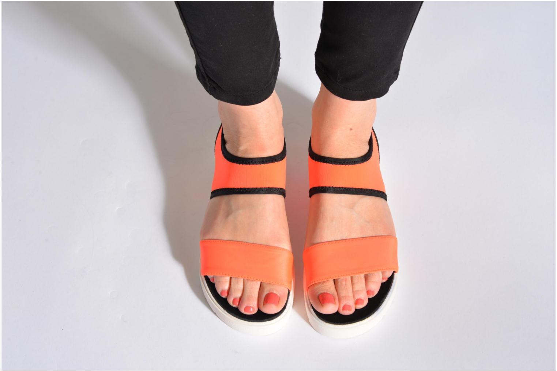 Sandales et nu-pieds Steve Madden PRESSIN Orange vue bas / vue portée sac