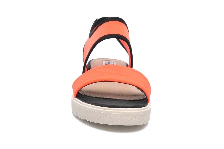 Sandales et nu-pieds Steve Madden PRESSIN Orange vue portées chaussures