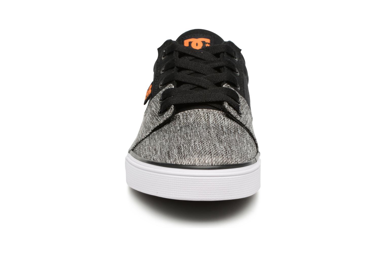 Deportivas DC Shoes TONIK SE Gris vista del modelo