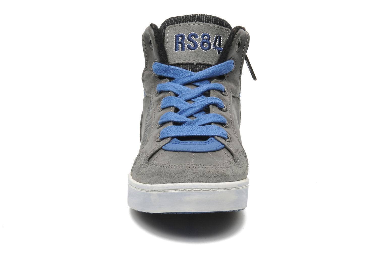 Baskets Redskins Zig Kids Gris vue portées chaussures