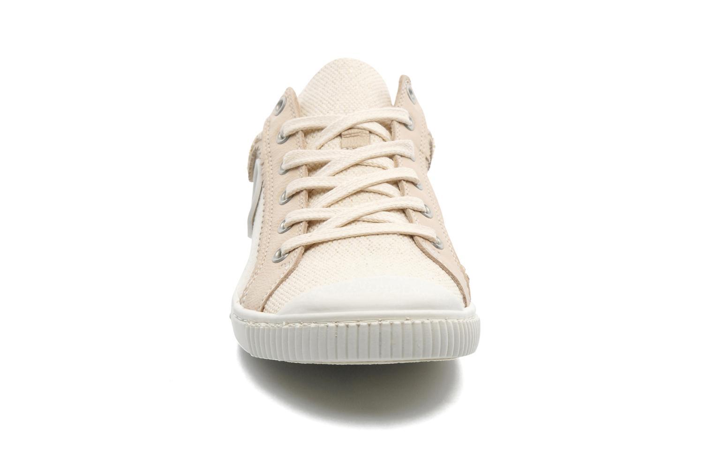 Sneaker Pataugas Binoush beige schuhe getragen