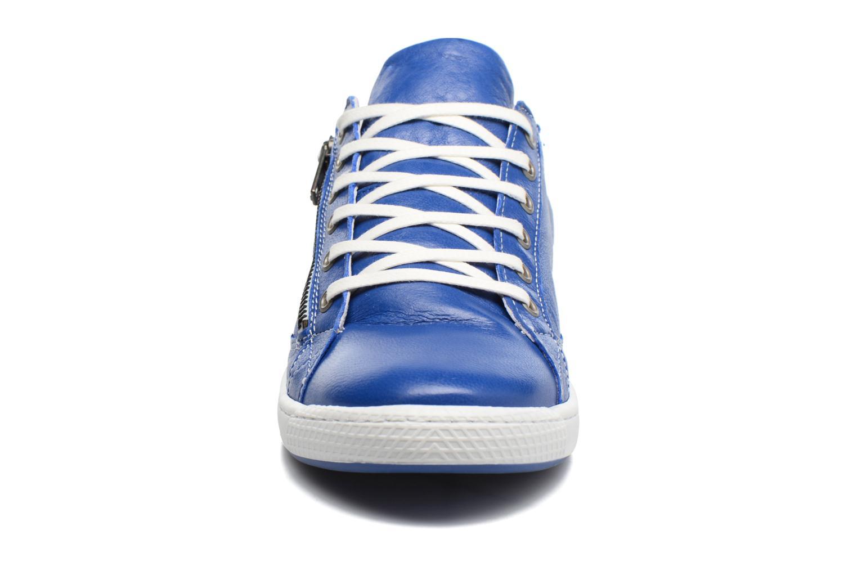 Baskets Pataugas JesterN Bleu vue portées chaussures