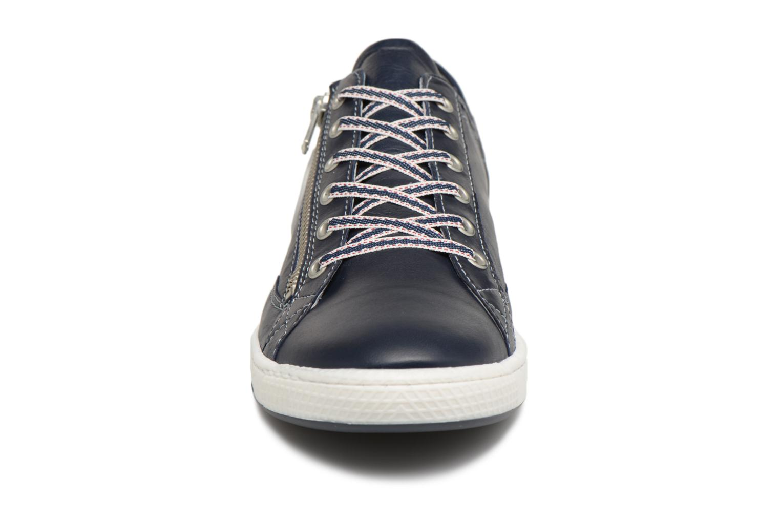 Trainers Pataugas JesterN Blue model view