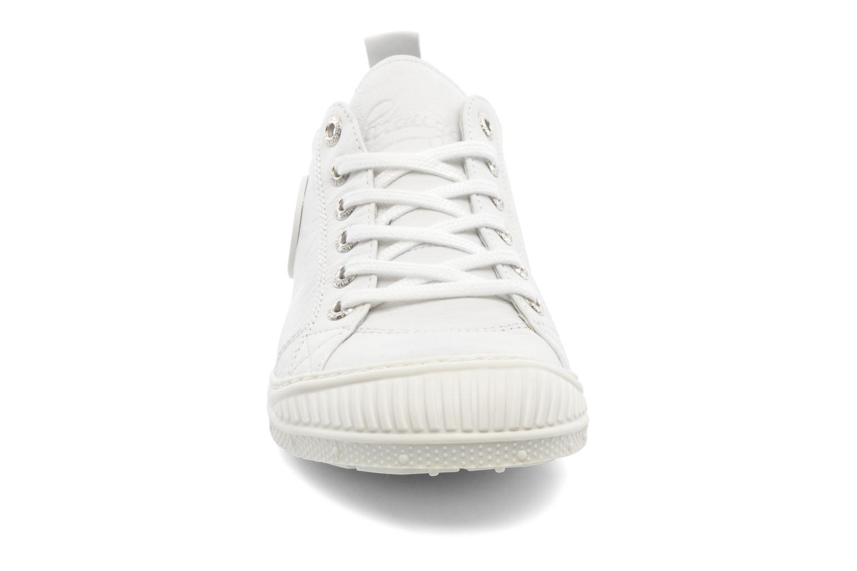 Baskets Pataugas Rock F Blanc vue portées chaussures