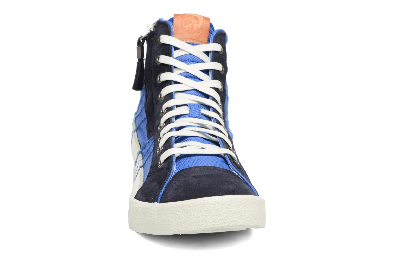 Baskets Diesel D-String Plus Bleu vue portées chaussures